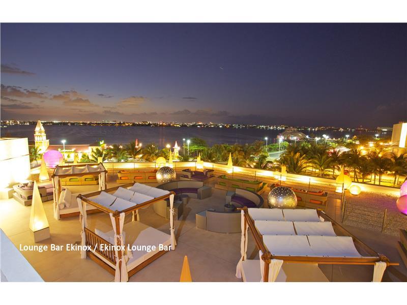 Grand Park Royal Cancún Caribe