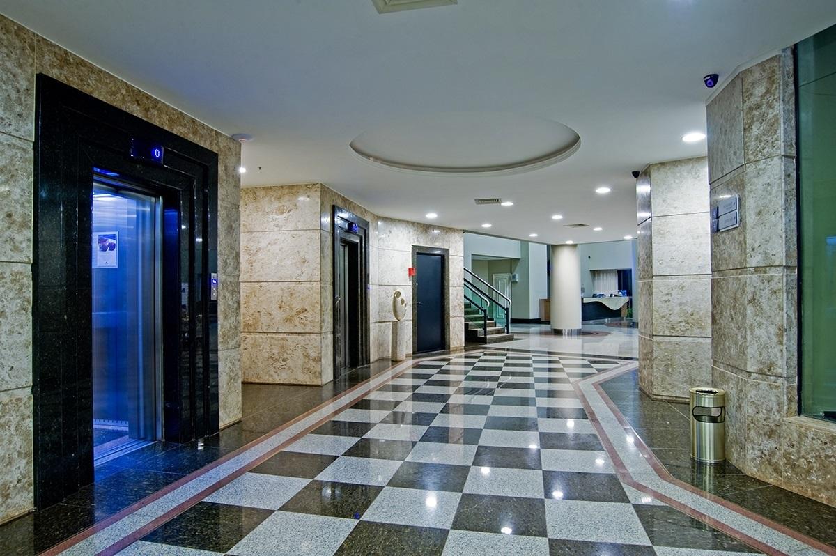 Hotel Wyndham Golden Foz Suítes.**