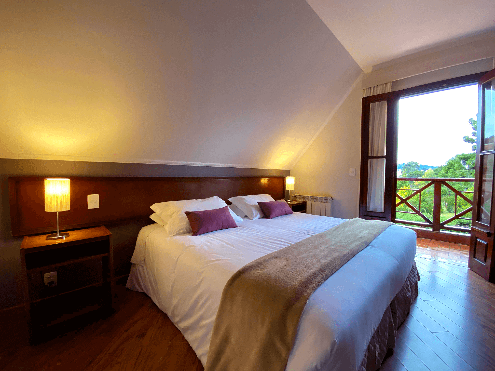 Deluxe Double Room - With Balcony